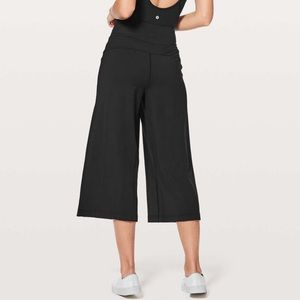 "Lululemon Blissed Out Culottes *21"" Black"